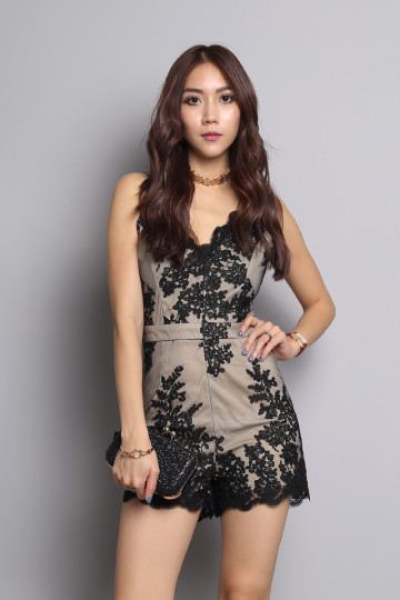 SEA OF LACE ROMPER (BLACK) (PREMIUM) (BACKORDER) image