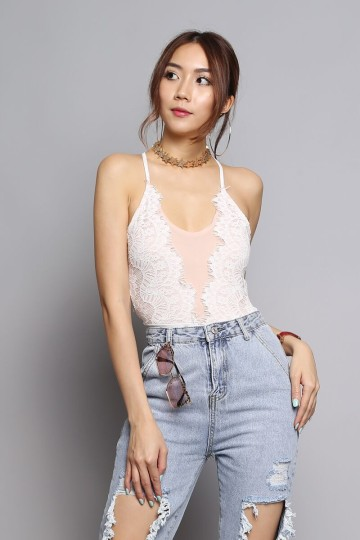 YOUNG & BEAUT LACE BODYSUIT (WHITE) image