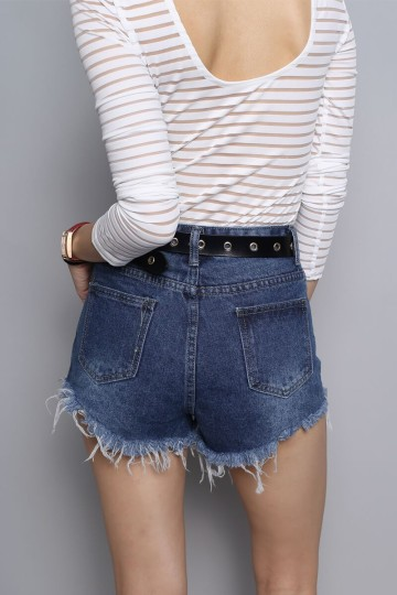 DUO-TONED POCKET DENIM SHORTS image