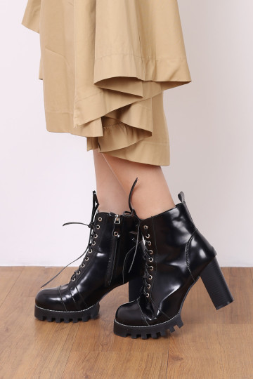 COMBAT LACE UP CHUNKY BOOTS image