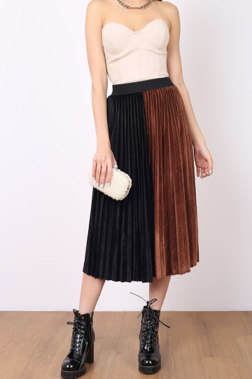 MORE PLEATS PLEASE SKIRT (PUMPKIN) image