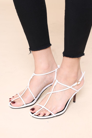 MAIN GIRL STRAPPY HEELED SANDALS (WHITE) image