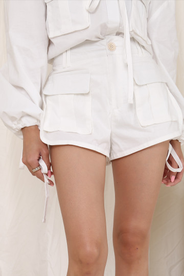 REINVENTION POCKET SHORTS (WHITE)(PREMIUM) image
