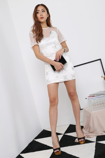 STARSTRUCK DRESS (WHITE) image