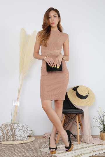 AMBY RIBBED WORK DRESS (CAMEL)(PREMIUM)(BACKORDER) image