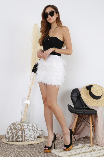 ESSEL FEATHER SKIRT (WHITE)(PREMIUM) image