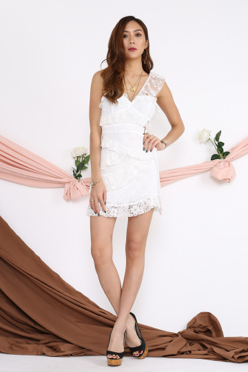 TWO-WAY LACE SWEETHEART DRESS (BACKORDER) image