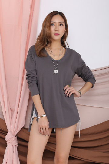 ARRIE BASIC LONG SLEEVE TOP (GRAY) image