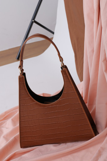ANGULAR STRUCTURED FAUX LEATHER BAG (COFFEE BROWN) image
