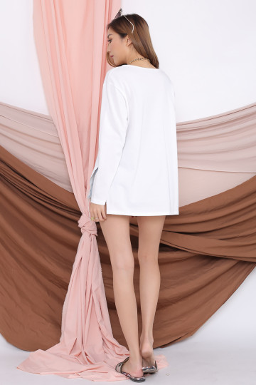ARRIE BASIC LONG SLEEVE TOP (WHITE) image