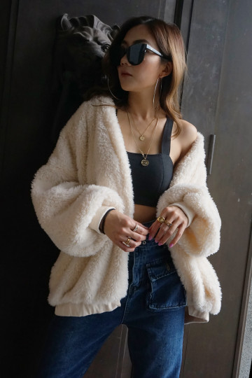 KEEP ME WARM FAUX FUR JACKET (CREAM)(PREMIUM)(BACKORDER) image