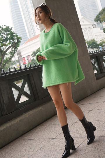 COZY FAUX FUR SWEATER (GREEN)(PREMIUM)(BACKORDER) image