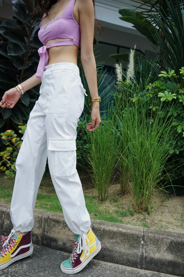 CHUCK'S CARGO PANTS (WHITE)(BACKORDER) image