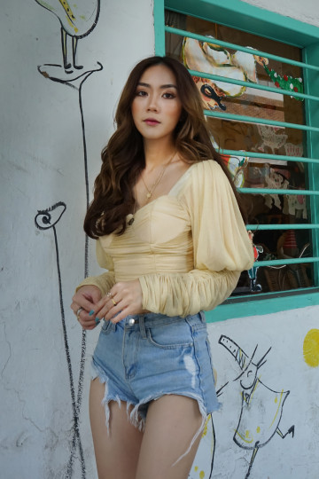 BELLE TIE BACK SHIMMER TOP (GOLDEN)(PREMIUM) image