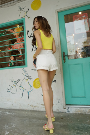 LE BASIC CROP TOP (YELLOW)(BACKORDER) image